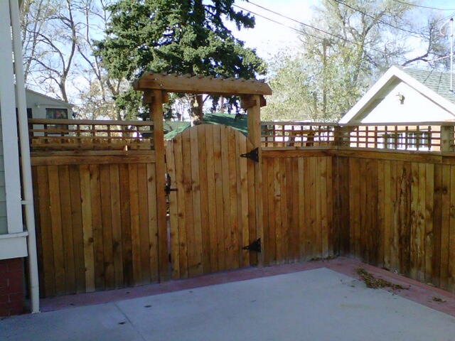 Topper Fence and gate